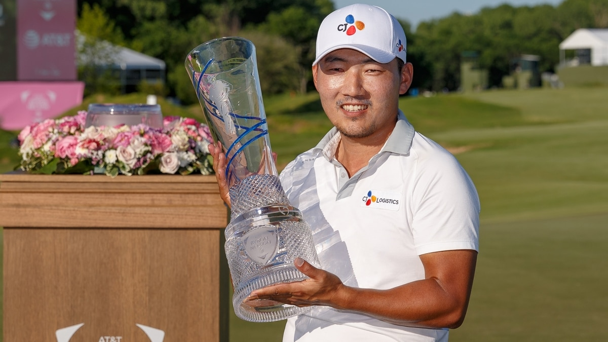 Sung Kang with AT&T Byron Nelson trophy