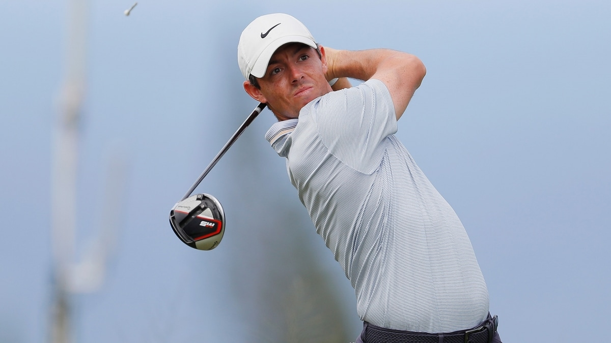 Woodland leads McIlroy by three at Tournament of Champions