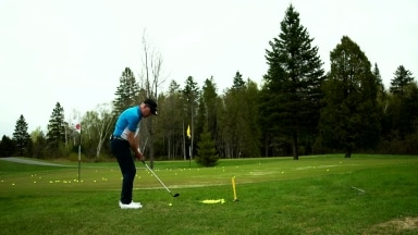 Golf tips for greenside chip shots from Shawn Clement