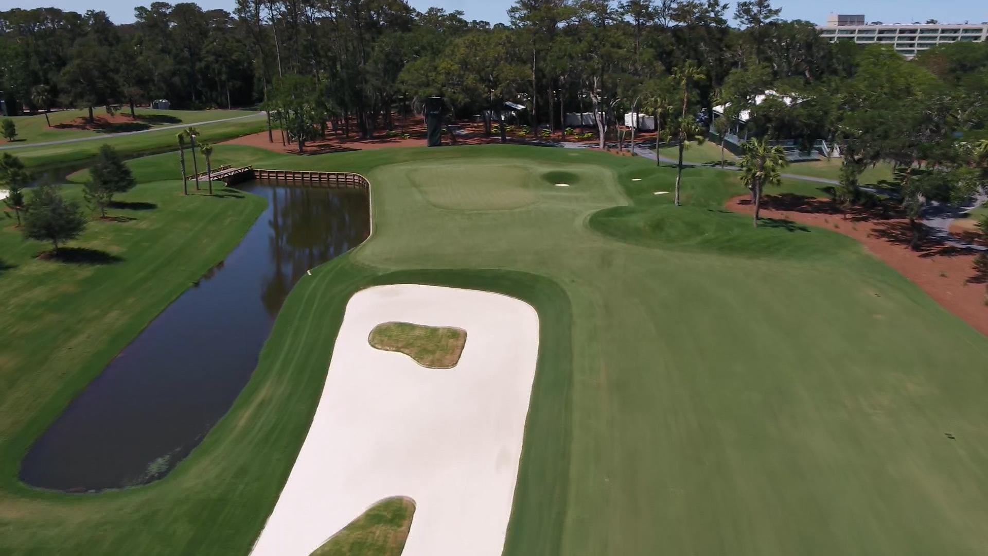 how should players attack no  12 at tpc sawgrass