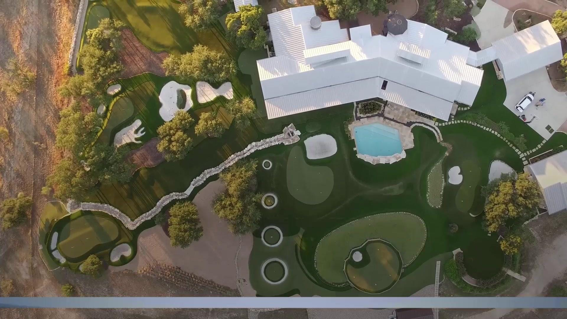 dave pelz u0027s backyard golf practice area in texas golf channel