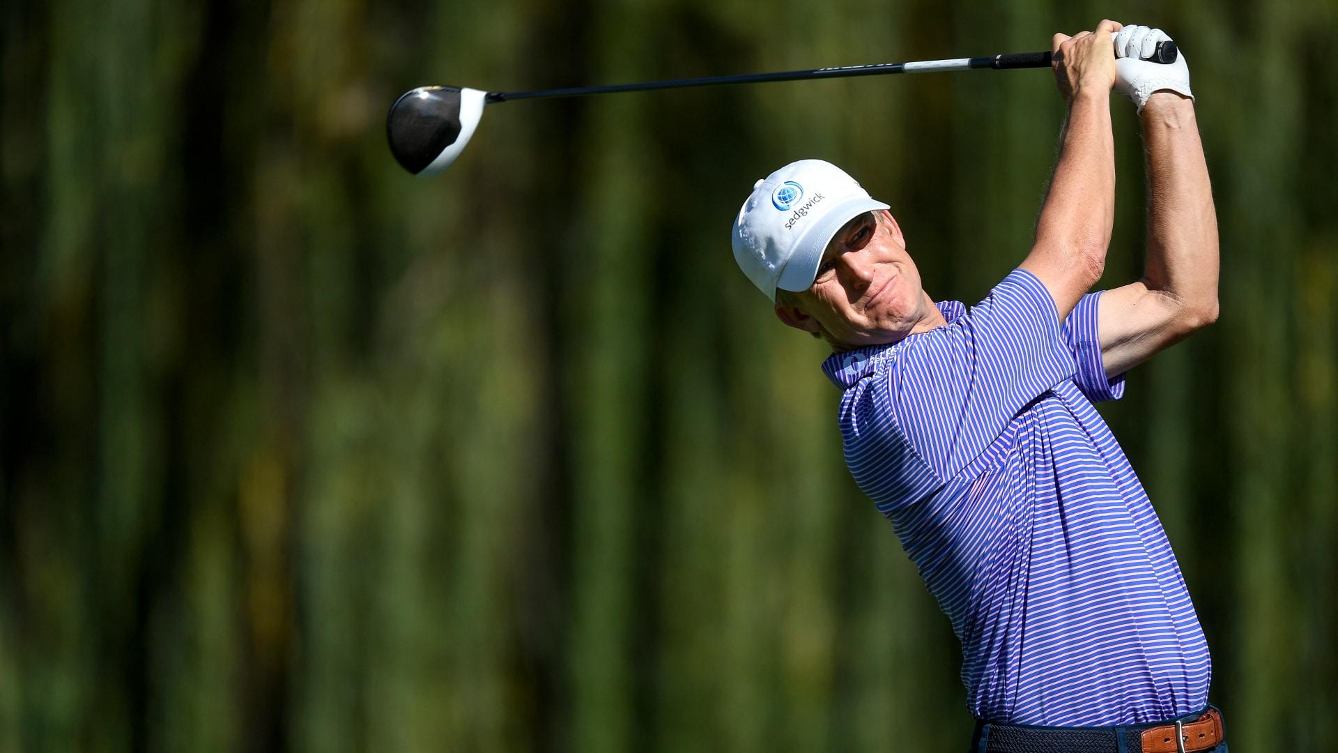 bernhard langer gives posture tips to sink more putts golf channel