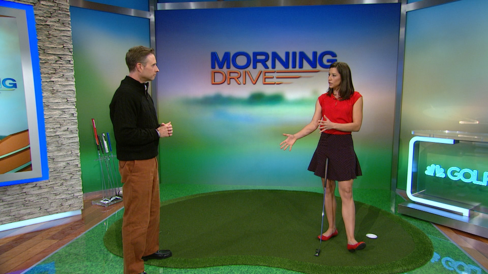 Paige Mackenzie Examines The Aimpoint Method 2015 Golf