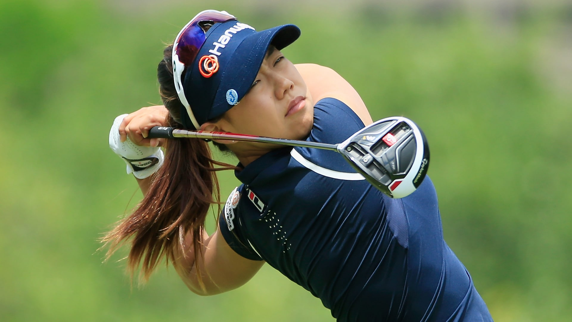 Jenny Shin Races Past Gerina Piller for First LPGA Win